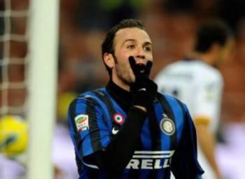 Giampaolo Pazzini quando vestiva la maglia dell'Inter