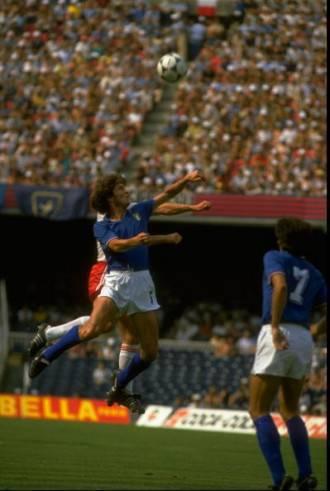 Fulvio Collovati con la maglia della nazionale italiana (Getty Images)
