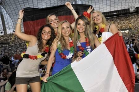 Gemellaggio tra tifose italiane e tedesche - Getty Images