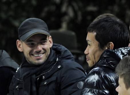 Sneijder e Nagatomo - Getty Images