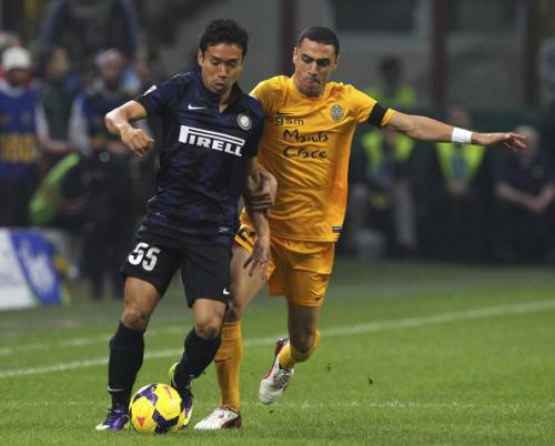 Romulo contro Nagatomo (Getty Images)