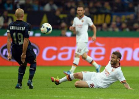 Cambiasso contro De Rossi (Getty Images)
