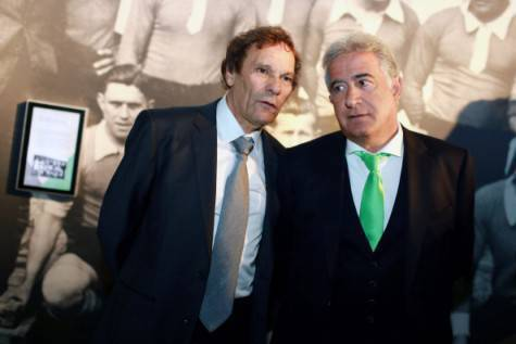 a destra, Bernard Caiazzo