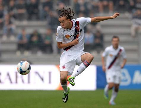 Diego Laxalt con la maglia del Bologna