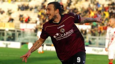 Paulinho con la maglia del Livorno