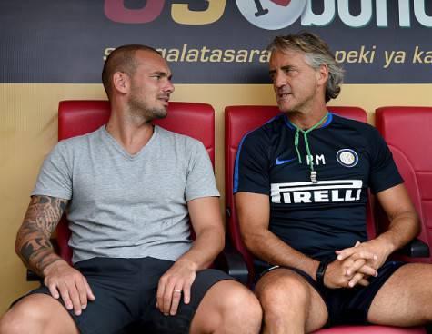 Wesley Sneijder con Roberto Mancini prima dell'amichevole Galatasaray-Inter ©Getty Images