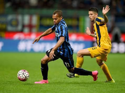 Jonathan Biabiany in azione contro il Verona