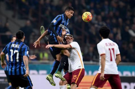 Murillo svetta su Pjanic (Inter.it)