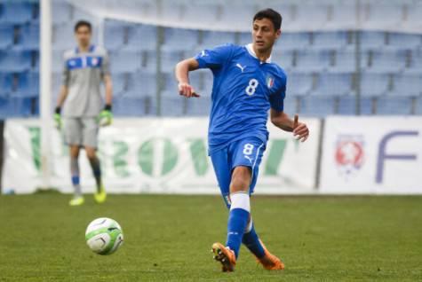 Rolando Mandragora con l'Italia under 21