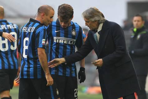 Mancini con Ljajic e Palacio (Getty Images)