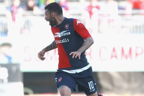 Joao Pedro in azione con la maglia del Cagliari ©Getty Images