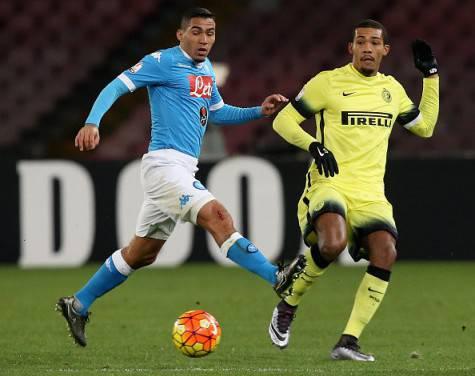 Juan Jesus contro Allan in Napoli-Inter ©Getty Images