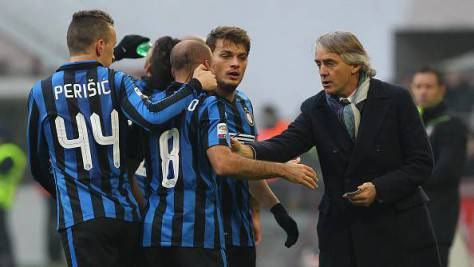 Mancini e i giocatori dell'Inter ©Getty Images