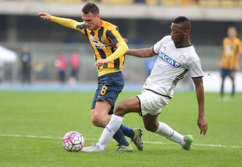 Luca Siligardi in azione con la maglia del Verona ©Getty Images