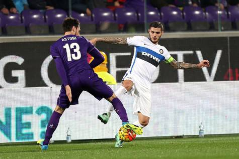 Astori contro Icardi in Fiorentina-Inter ©Getty Images