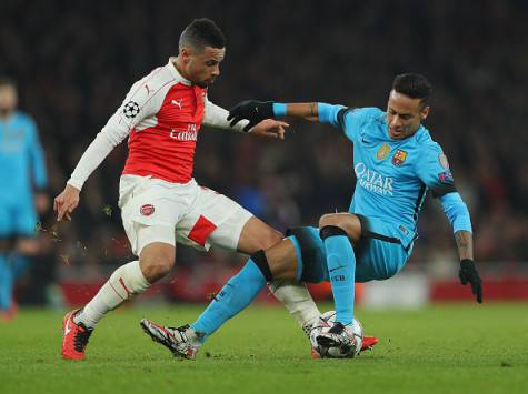 Francis Coquelin contro Neymar in Arsenal-Barcellona ©Getty Images
