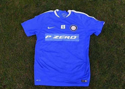 Inter, maglia d'allenamento con logo 'PZero' ©inter.it