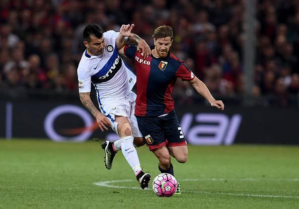 Inter, Ansaldi contro Medel al 'Ferraris' ©Getty Images