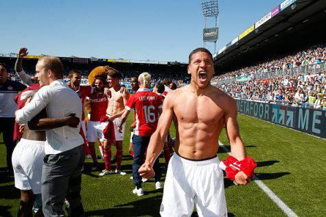 Bruma festeggia l'Eredivisie vinta col Psv ©Getty Images