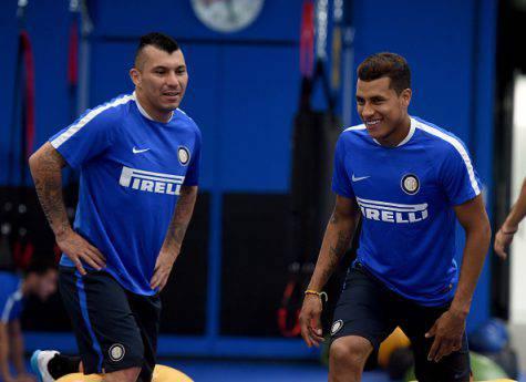 Inter, Copa America: Medel batte Murillo ©Getty Images