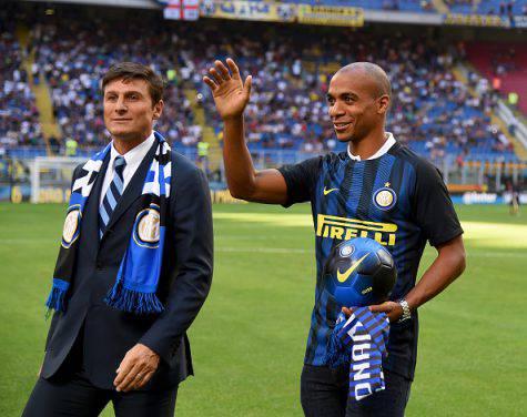 Inter, Joao Mario al 'Meazza' di fianco a Zanetti ©Getty Images