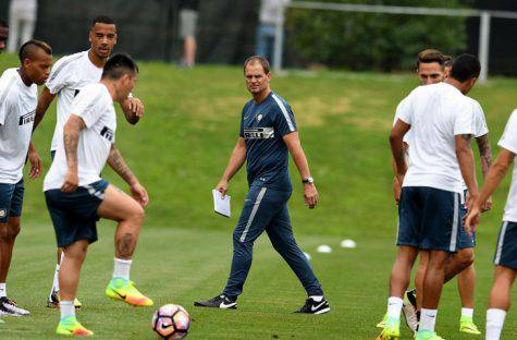 De Boer e i calciatori dell'Inter