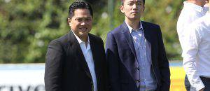 Thohir con Steven Zhang (Getty Images)