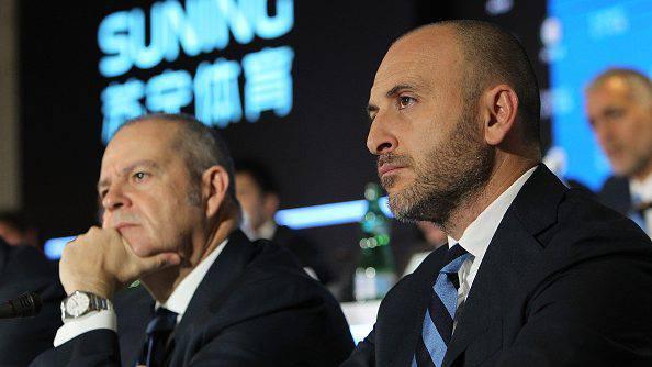 Calciomercato, la FIFA studia la rivoluzione: addio prestiti, squadre satellite e…