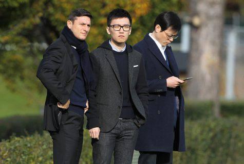 Steven Zhang con Zanetti e Jun Liu - Getty Images