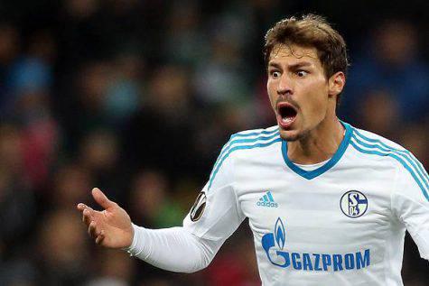 Gazzetta, casting per il centrocampo dell'Inter: Lucas Leiva supera Badelj