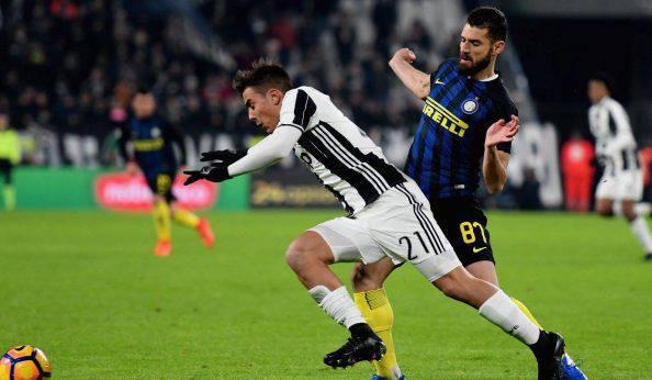 Juventus-Inter tensione fuori dallo stadio: protesta dei tifosi nerazzurri senza biglietto