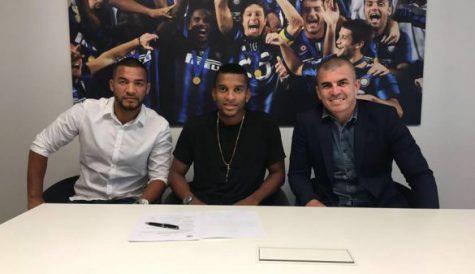 Inter, ufficiale l'arrivo di Dalbert: