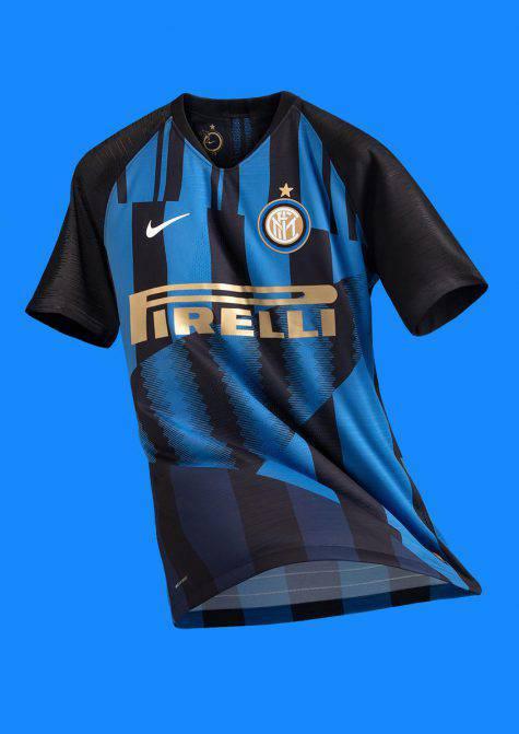 Inter Nike maglia celebrativa